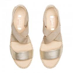 Zapato de salón en piel ante azul tacón medio.