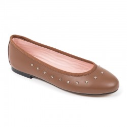 Bailarina piel marrón tachas