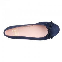 Zapato con cordones en serraje gris. Modelo Oxford.