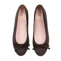 Zapato salón en piel burdeos tacón medio. Modelo Pamela.