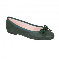 Zapato salón en piel negro tacón medio. Modelo Pamela.