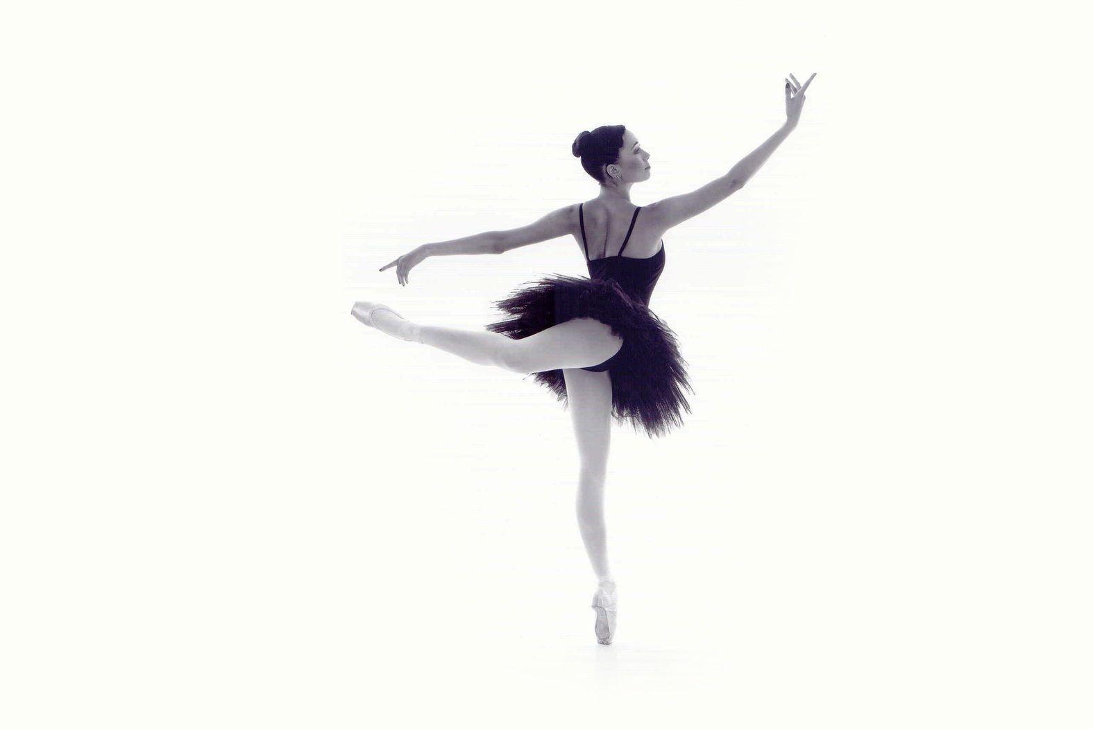¿Quieres saber el origen y la evolución de las bailarinas?
